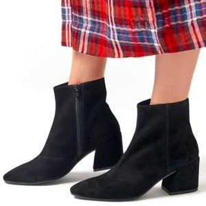 NWOT Vagabond Olivia Black Suede Ankle Booties Size US 8